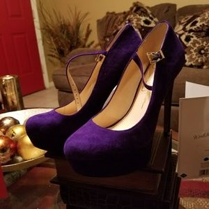 Jessica Simpson Size 6.5 Purple Sexy Pumps